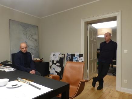 15. Feb., 19:06 Uhr. Stippvisite in Karstens Potsdamer Designstudio
